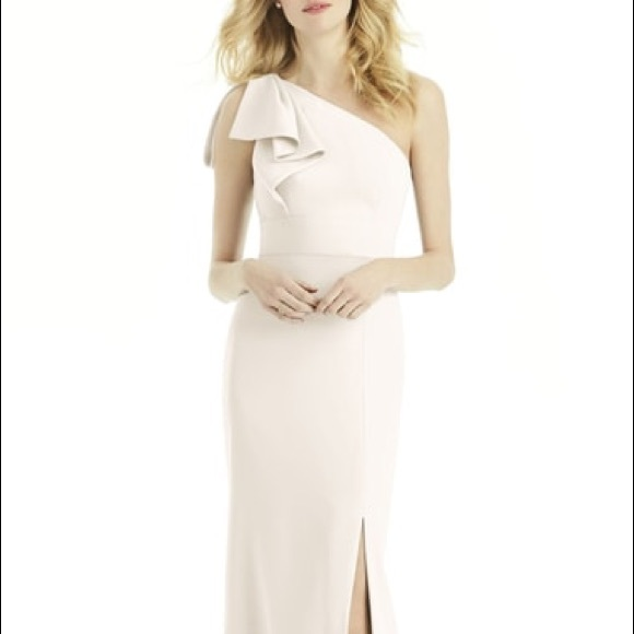 7c087775b6a5 After Six Dresses & Skirts - After Six Bow One Shoulder Gown in Ivory